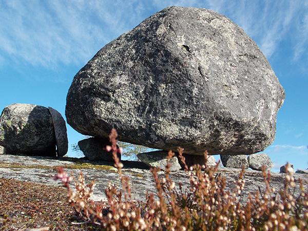 Сейд камень на Воттовааре