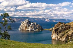 Скала Шаманка остров Ольхон