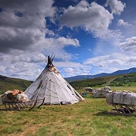 Жители Ямала отпраздновали прилет уток шаманским ритуалом