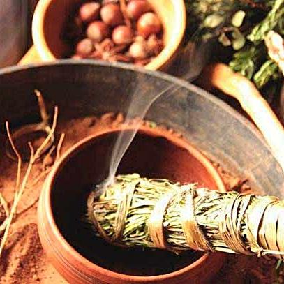 Окуривание травами: очищение, защита, благо. Травы в шаманизме.