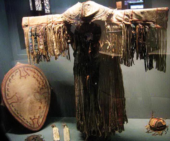 шаманский бубен костюм шамана
