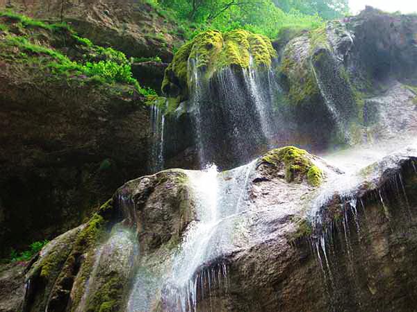 водопад в чегемском ущелье место силы