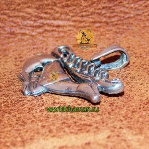 скифский олень из серебра