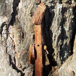 Деревянный идол шаман